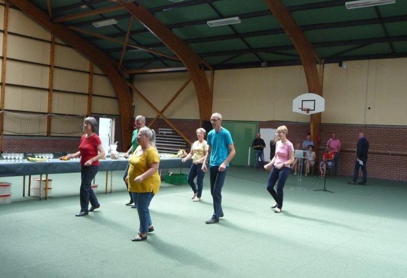 Démonstration Cadanse danse en ligne rock, journée des associations Sailly-lez-lannoy